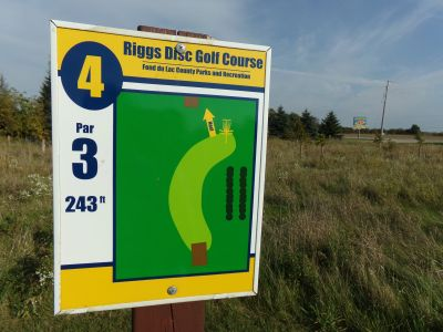 Riggs Park, Main course, Hole 4 Hole sign