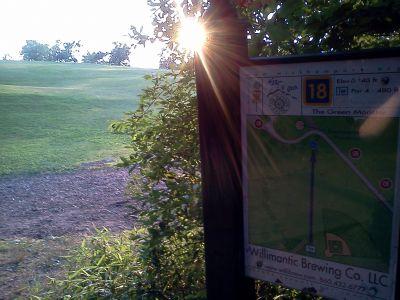 Wickham Park, Main course, Hole 18 Tee pad