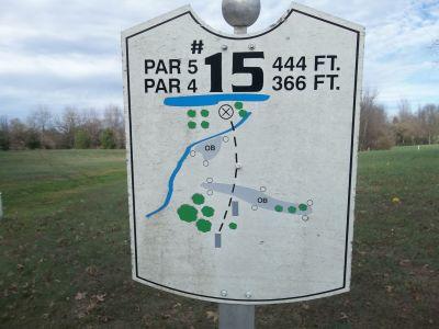 Graham Memorial Park, Main course, Hole 15 Hole sign