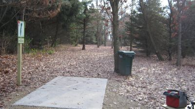 Charles Langer Park, Main course, Hole 3 Short tee pad