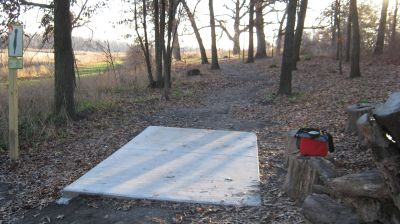 Charles Langer Park, Main course, Hole 17 Tee pad