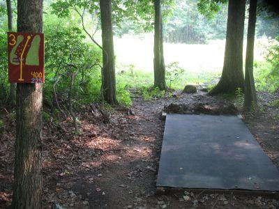 Panthorn Park, Main course, Hole 3 Long tee pad