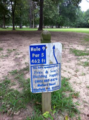 Ivan K. Hill Recreational Park, Main course, Hole 9 Hole sign