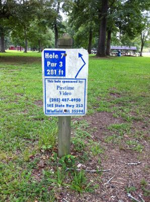 Ivan K. Hill Recreational Park, Main course, Hole 7 Hole sign