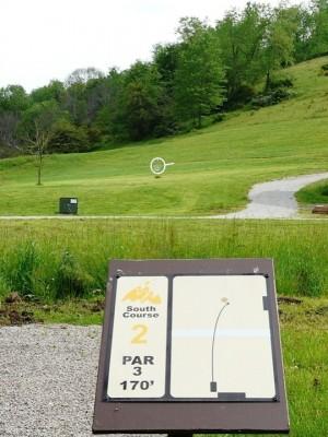 Butler Farm, Main course, Hole 2 Tee pad