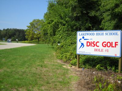 Lakewood High School, Ta Aorta Kosmou, Hole 1 Hole sign