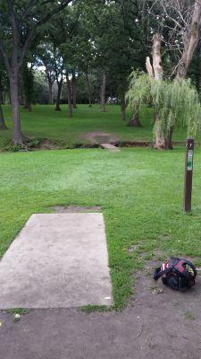Katherine Legge Memorial Park, Main course, Hole 7 Tee pad