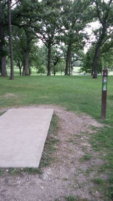 Katherine Legge Memorial Park, Main course, Hole 8 Tee pad