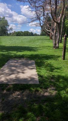 Katherine Legge Memorial Park, Main course, Hole 14 Tee pad