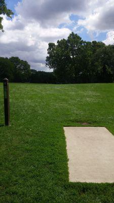 Katherine Legge Memorial Park, Main course, Hole 12 Tee pad
