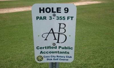 Cass City Park, Main course, Hole 9 Long tee pad