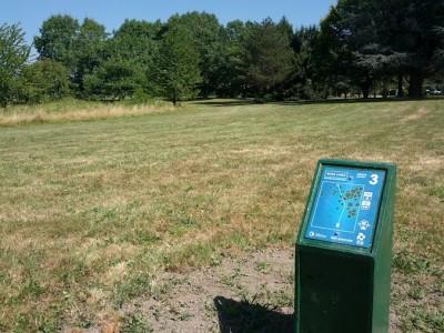 Blue Lake Park, Main course, Hole 3 Tee pad