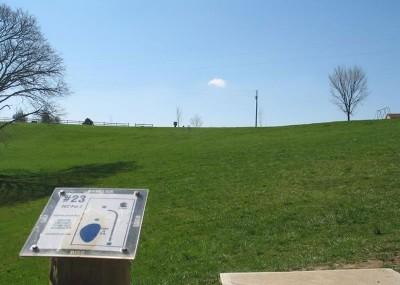 Lincoln Ridge Park, Main course, Hole 23 Tee pad