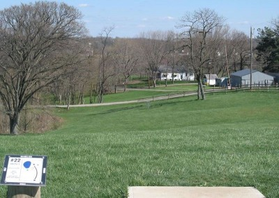 Lincoln Ridge Park, Main course, Hole 22 Tee pad