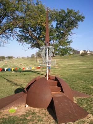 Mae Simmons Park, Main course, Hole 6 Hole sign