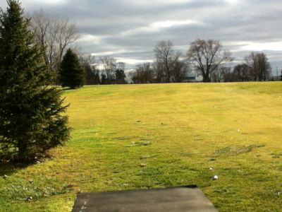 Sunnybrook, Main course, Hole 17 Long tee pad