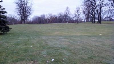 Sunnybrook, Main course, Hole 15 Short tee pad