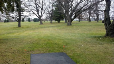 Sunnybrook, Main course, Hole 3 Tee pad