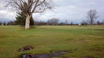 Sunnybrook, Main course, Hole 10 Long tee pad