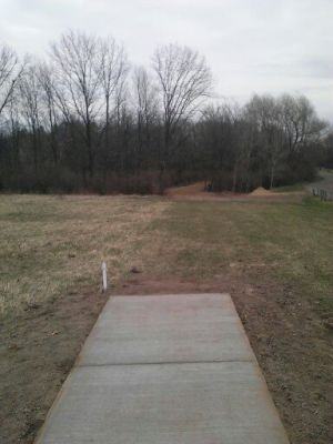 Vicksburg Recreation Area, Main course, Hole 12 Short tee pad