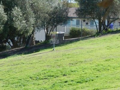 Brengle Terrace Park, Main course, Hole 1 Short approach