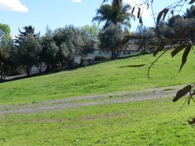 Brengle Terrace Park, Main course, Hole 1 Long approach