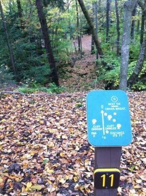 Tomlinson Run State Park, Main course, Hole 11 Hole sign