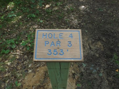 Deerfield Park, Wildwood, Hole 4 Hole sign