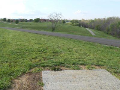 Herb Botts Memorial Park, Indian Mound DGC, Hole 9 Tee pad