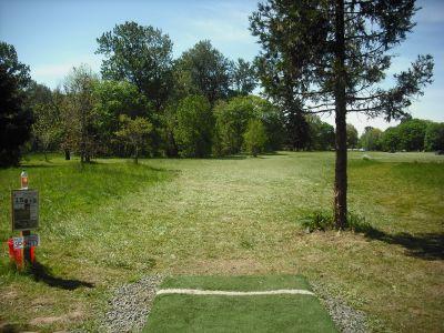 Alton Baker Park, Main course, Hole 15 Tee pad