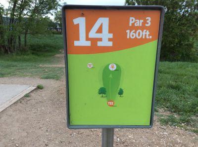 Valmont City Park, Main course, Hole 14 Hole sign