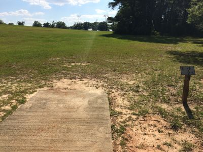 Fort Rucker DGC, Main course, Hole 5 Tee pad
