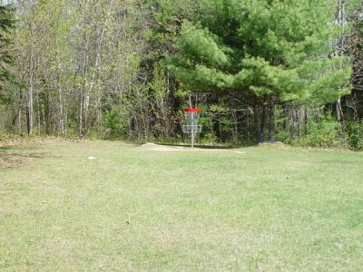 Dragan Field, Main course, Hole 15 Short approach