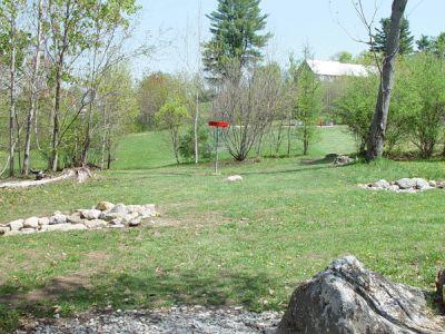 Dragan Field, Main course, Hole 16 Putt