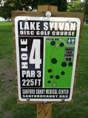Lake Sylvan Park, Main course, Hole 4 Hole sign