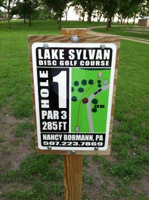 Lake Sylvan Park, Main course, Hole 1 Hole sign