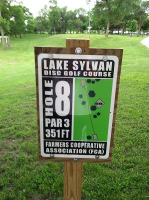 Lake Sylvan Park, Main course, Hole 8 Hole sign