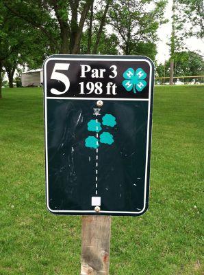 Slayton DGC, Main course, Hole 5 Hole sign