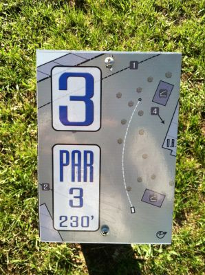 Baltic Heights Park, Main course, Hole 3 Hole sign