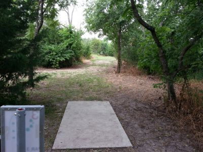 Rose Park, Main course, Hole 3 Tee pad