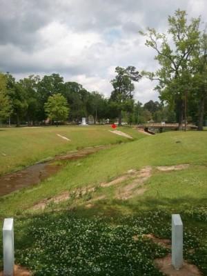 Highland Park, Main course, Hole 9 Long tee pad