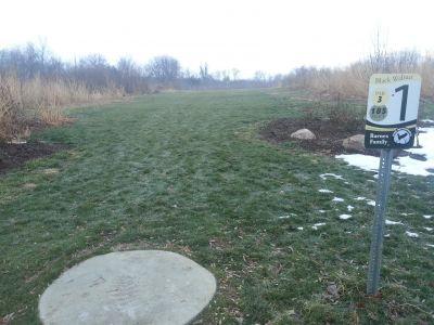 Osborn Park, Main course, Hole 1 Tee pad