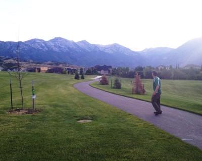 Beacon Hill Park, Main course, Hole 2 Long tee pad