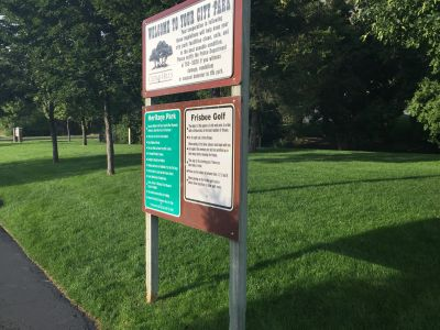 Heritage Park, Main course, Hole 1 Hole sign