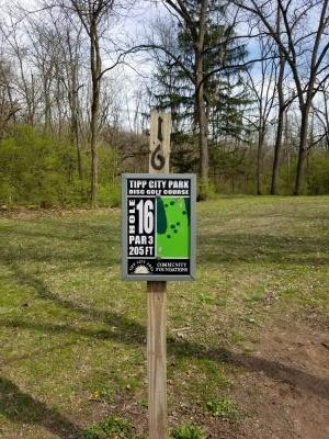 Tipp City Park, Main course, Hole 16 Hole sign