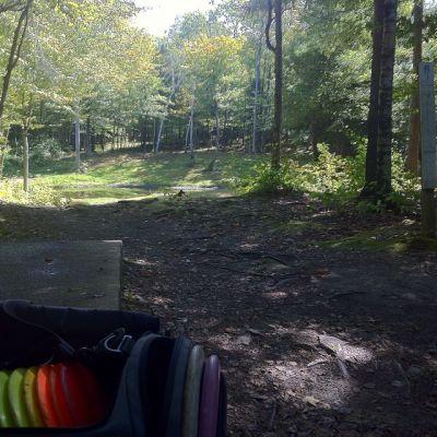 Burnsboro, Main course, Hole 3 Long tee pad