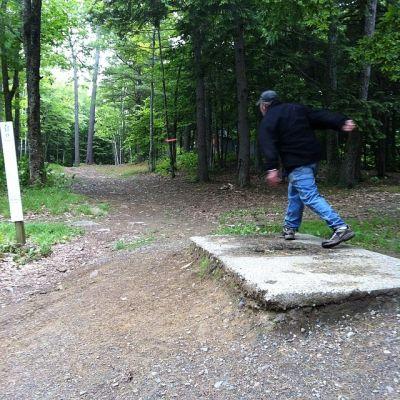 Burnsboro, Main course, Hole 15 Long tee pad