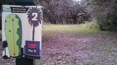 22nd Street Park, Main course, Hole 2