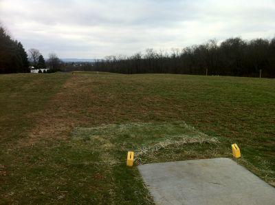 Lenni Lenape Park, Main course, Hole 1 Tee pad