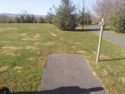 Heritage Farm Park, Main course, Hole 3 Tee pad
